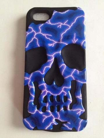 Iphone5 Blue Lighting / black skullcap Hybrid protective cover