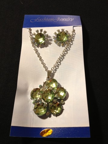 Crystal Style Necklace  / Earring Set